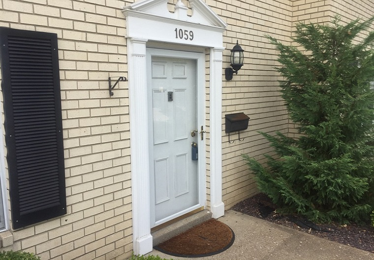 Doors siemers glass we can replace your broken storm door glass with plexiglass or tempered glass drop your frame off at the shop for more information planetlyrics Images